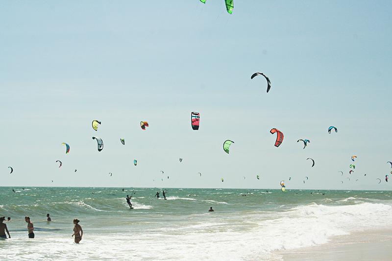 kitesurf-in-mui-ne-vietnam